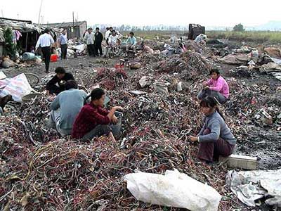 Foreign e-waste workers
